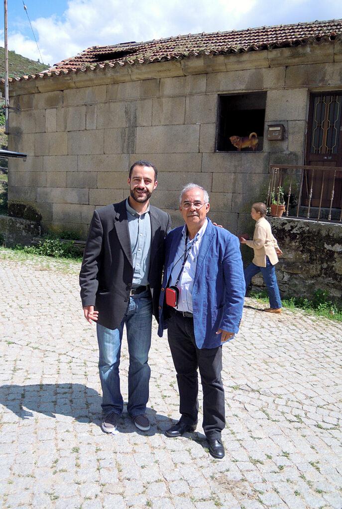 O 1° vice presidente da ABI e Daniel Cardoso, em visita à Freguesia de Cerva, Portugal.